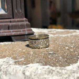 Jewelry - Spinner Two-Tone Sterling Silver Ring Sz 7